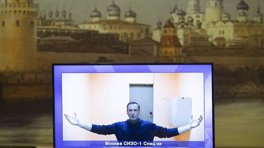 Haftstrafe für Kremlgegner Nawalny bestätigt - Neue Proteste geplant