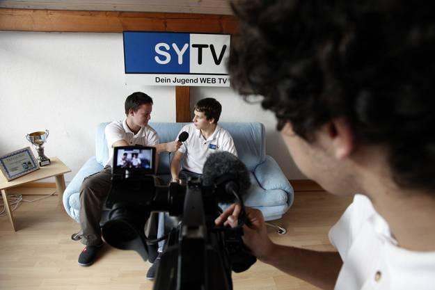 Ein Fernsehen von Jugendlichen für Jugendliche. (Fotos: Hanspeter Bärtschi)