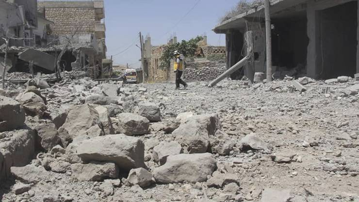 Das Dorf Ehsim in Idlib nach einem syrischen Angriff am 3. Juni. (Archivbild)