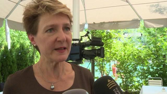 Sommaruga will an bestehender  Asylpolitik festhalten
