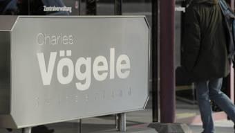 Der Aderlass beim Modekonzern Charles Vögele geht weiter.