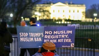 Auch der neuen Version des Einreiseverbots erwächst Widerstand wie im Bild vor dem Weissen Haus