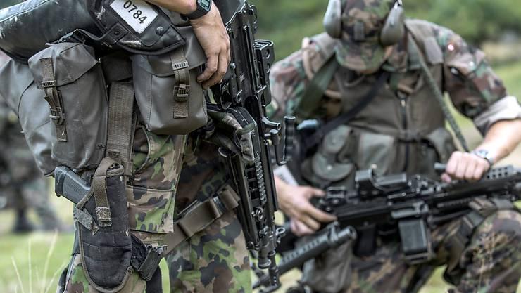 Soldaten der Schweizer Armee (Archiv)