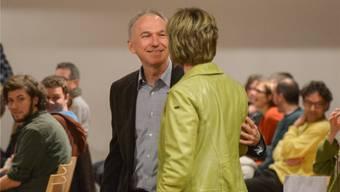 Schielt Wiedemann auf Maya Grafs Sitz? Am Tag seines Partei-Ausschlusses begrüssten sie sich. Martin Töngi