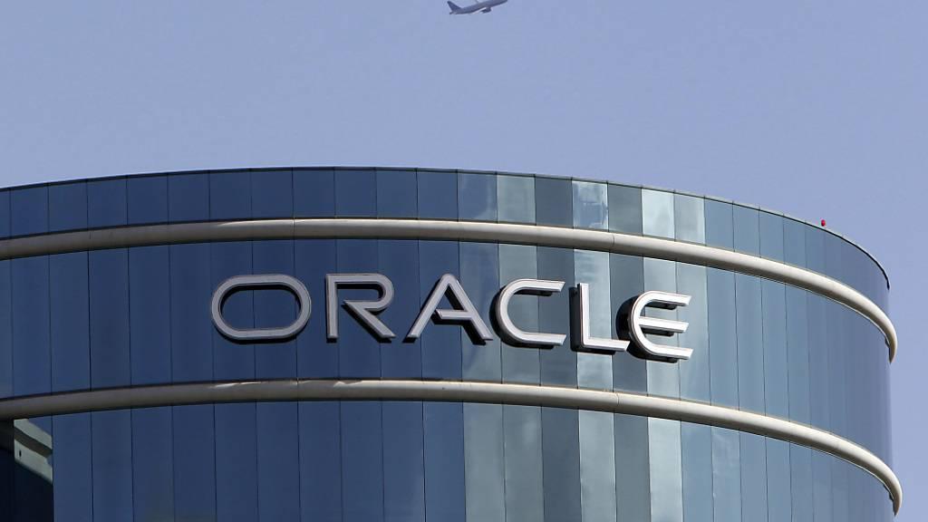 Cloud-basierte Anwendungen florieren in der Coronavirus-Krise und daher sprudeln beim Anbieter Oracle die Gewinne. (Archivbild)
