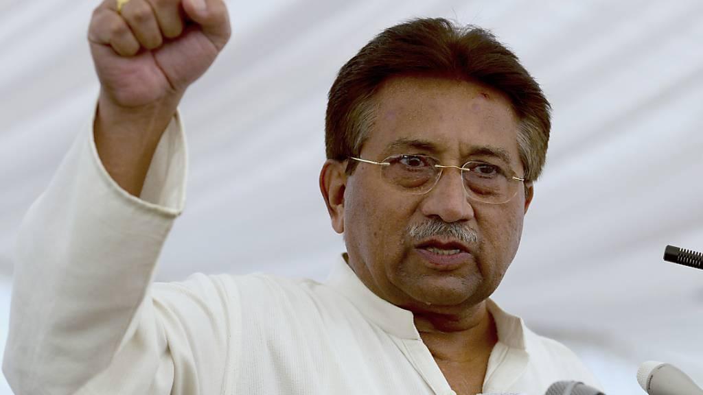 Der frühere pakistanische Militärmachthaber Pervez Musharraf ist in Abwesenheit zum Tode verurteilt worden. (Archivbild)