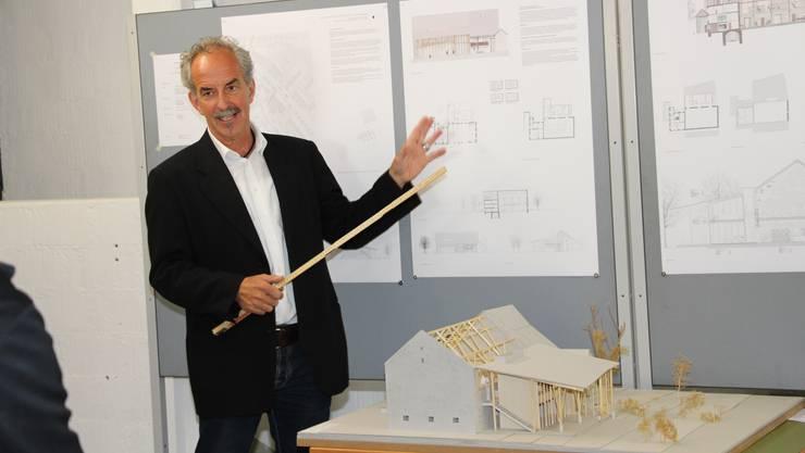 Dorfschüür Daniel Zehnder stellt das Siegerprojekt vor