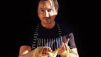 Claudio Del Principe ist der intuitiven italienischen Küche verfallen. Natürlich präsentieren wir diesmal kein Rezept. Sondern schlicht eine Einkaufsliste von Claudio Del Principe. Wir sind gespannt, was Sie daraus kochen.