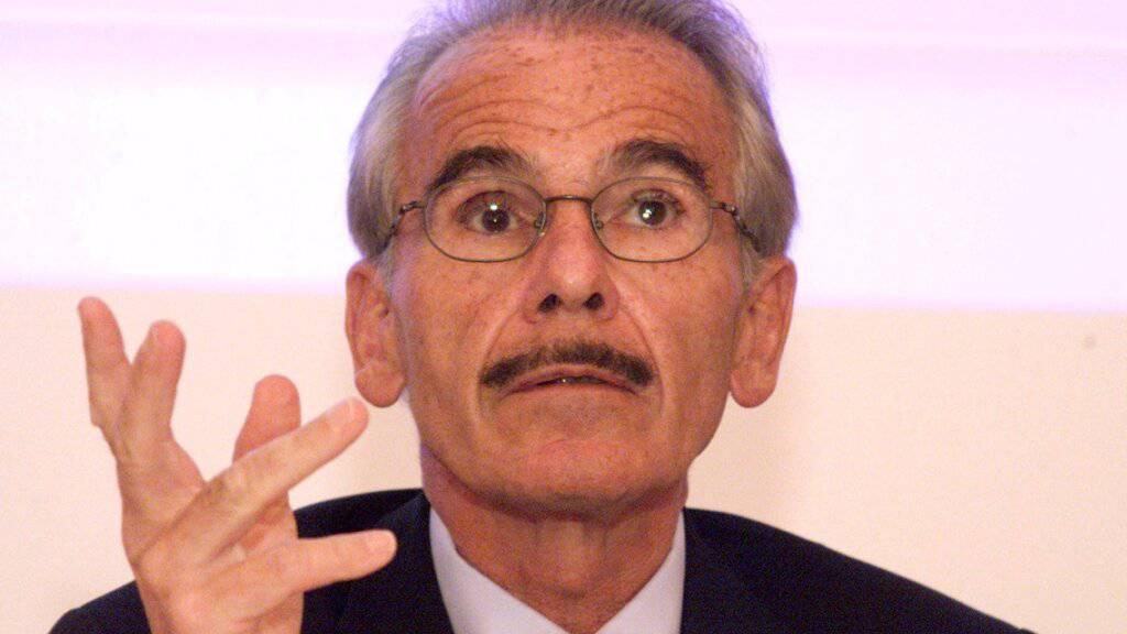Der ehemalige Migros-Finanzchef Mario Bonorand ist überzeugt, dass die Delegierten des Grossverteilers sich gegen den Verkauf von alkoholischen Getränken und Tabak aussprechen werden. (Archivbild)