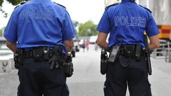 Die Städte Solothurn und Grenchen wollen für die Arbeit ihrer eigenen Polizeikorps eine «angemessene» Entschädigung vom Kanton. (Symbolbild)