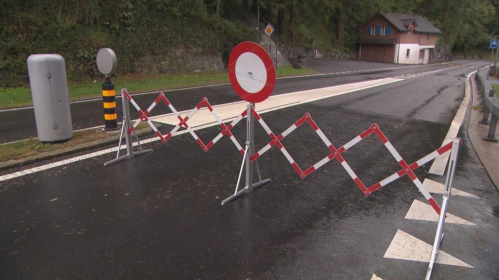 Axenstrasse nach zwölf Stunden Sperrung wieder offen