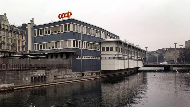 Das Globus-Provisorium sei in der heutigen Form zwar unattraktiv, doch liessen sich die Mängel einfach beheben, findet der Bund Schweizer Architekten. (Archiv)