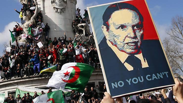 Der algerische Präsident Bouteflika tritt nach wochenlangen Protesten nicht für eine fünfte Amtszeit an.  (Bild vom 10. März)