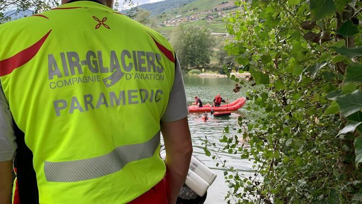 Bei der Rettungsaktion standen zwei Helikopter und zwei Taucher im Einsatz.