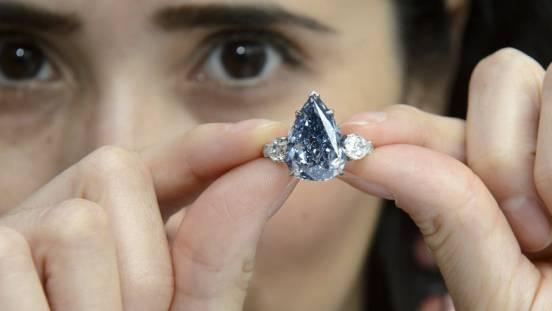 """""""The Blue"""" heisst dieser Stein und kostet 21,4 Millionen Franken"""