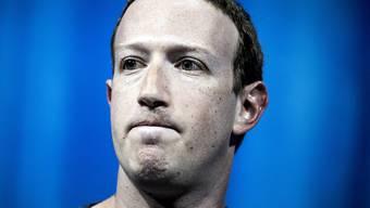 Mark Zuckerberg möchte sich seine Macht nicht beschränken lassen (Archivbild).