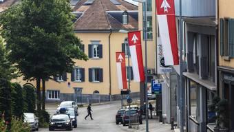 Immerhin: Die Kirchstrasse/Bahnhofstrasse ist als einzige wichtige Verkehrsachse Grenchens am 1. August beflaggt..