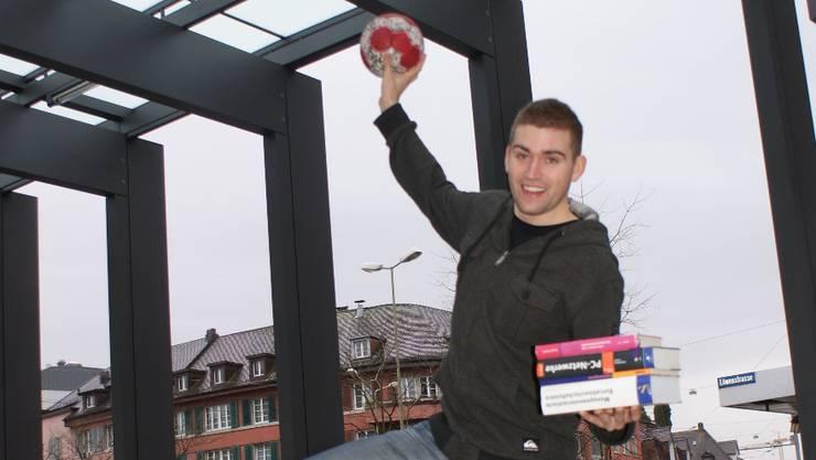 Jonas Affentranger schafft die Doppelbelastung Handball und Studium problemlos.