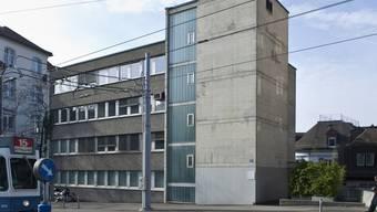 Düstere Wirtschaftsaussichten prognostiziert: Das KOF-Gebäude in Zürich (Archiv)