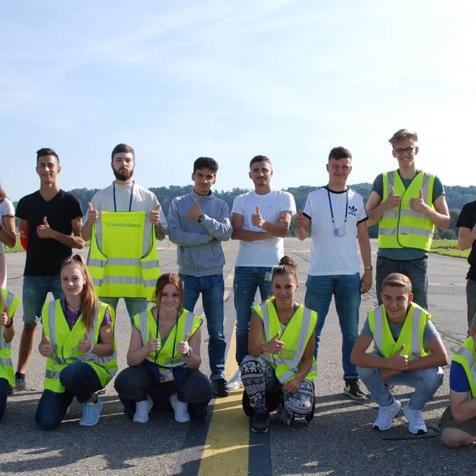 Wie ist es, wenn man seine Lehre am Flughafen Zürich absolviert?