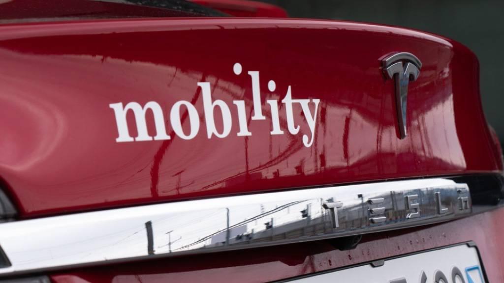 Viele Kunden nutzten im Corona-Jahr 2020 Mobility-Autos statt dem öffentlichen Verkehr für gelegentliche Fahrten. (Archivbild)