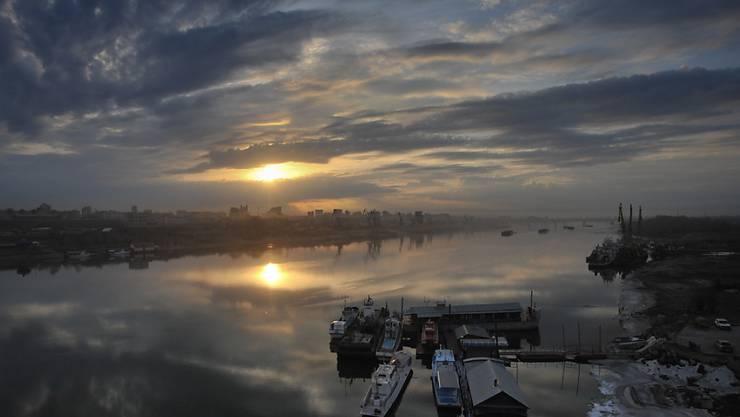 Die Gegend um Novosibirsk ist bei Touristen beliebt. Am Freitag konnte auf dem Flughafen der russischen Stadt eine Ferien-Flugzeug wegen eines Triebwerkbrandes nicht starten. (Archivbild)