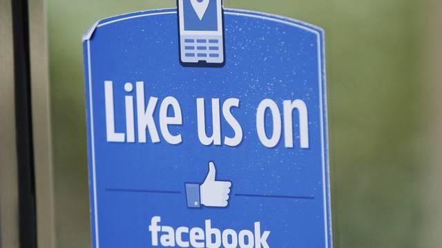 Wer seine Meinung auf Facebook kundtut, befriedigt sich auch selbst (Archiv)