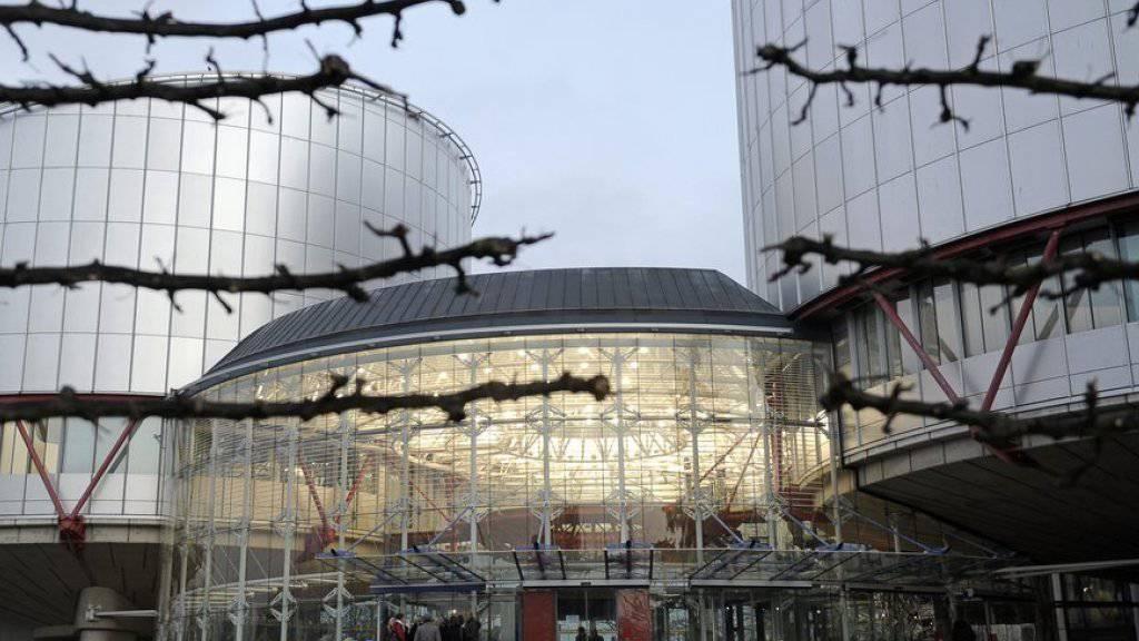 Die Schweiz hat in den Augen des Europäischen Menschenrechtsgerichtshofes in Strassburg mit der Ausweisung eines Tamilen gegen das Folterverbot gemäss Europäischer Menschenrechtskonvention verstossen. (Symbolbild)