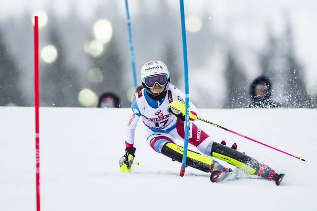 Aline Danioth kann ihre gute Leistung im zweiten Lauf bestätigen und beendet das Rennen auf Rang 15.