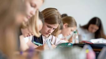 Über 6000 Schweizer Jugendliche nahmen am internationalen Schülervergleich teil.
