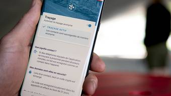 Am 25. Juni ist die SwissCovid App im Apple Store und Google Play Store verfügbar.