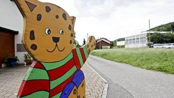 Auf der Wiese neben dem Amselweg soll die Migrol-Tankstelle zu einem Laden mit Frischprodukten ausgebaut werden. (Felix Gerber)