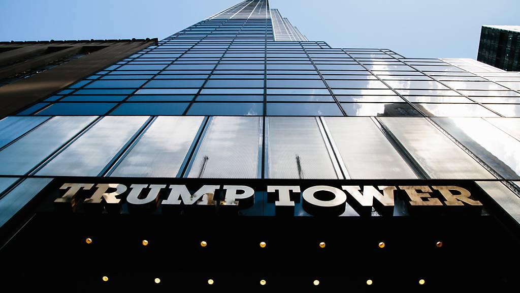 Tatort Trump Tower in New York: Aus dem luxuriösen Wohn- und Geschäftshaus wurden Juwelen im Gesamtwert von 353'000 Dollar gestohlen. (Archivbild)