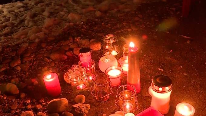 Es ist eine unvorstellbare Tat, die sich im solothurnischen Gerlafingen ereignet hat. Eine Frau hat mutmasslich zwei ihrer Kinder getötet. Die Trauer in der Nachbarschaft ist gross.
