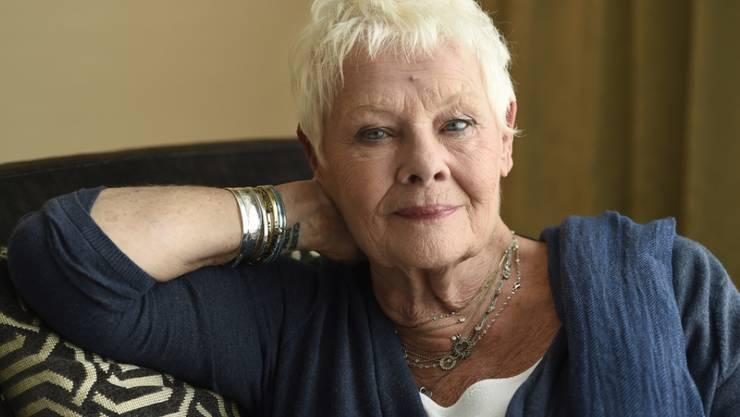 Die britische Schauspielerin Judi Dench fühlt sich ihrem Enkel näher als einer alten Frau. (Archivbild)