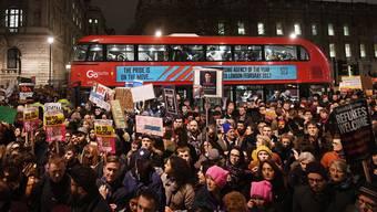 Proteste gegen Trumps Einreiseverbot in Grossbritannien