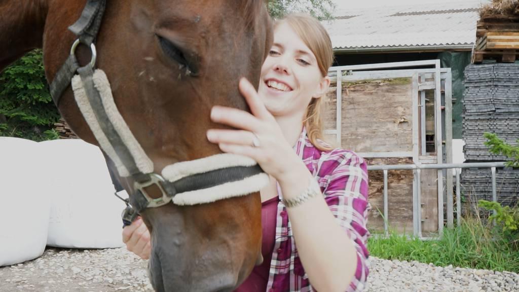 Sara Zwahlen mit ihrem Pferd Corrado.