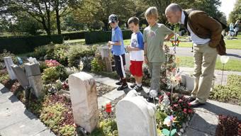 Der Friedhof am Hörnli bietet am «Tag des Friedhofs» verschiedene Rundgänge und Führungen an. (Archiv)