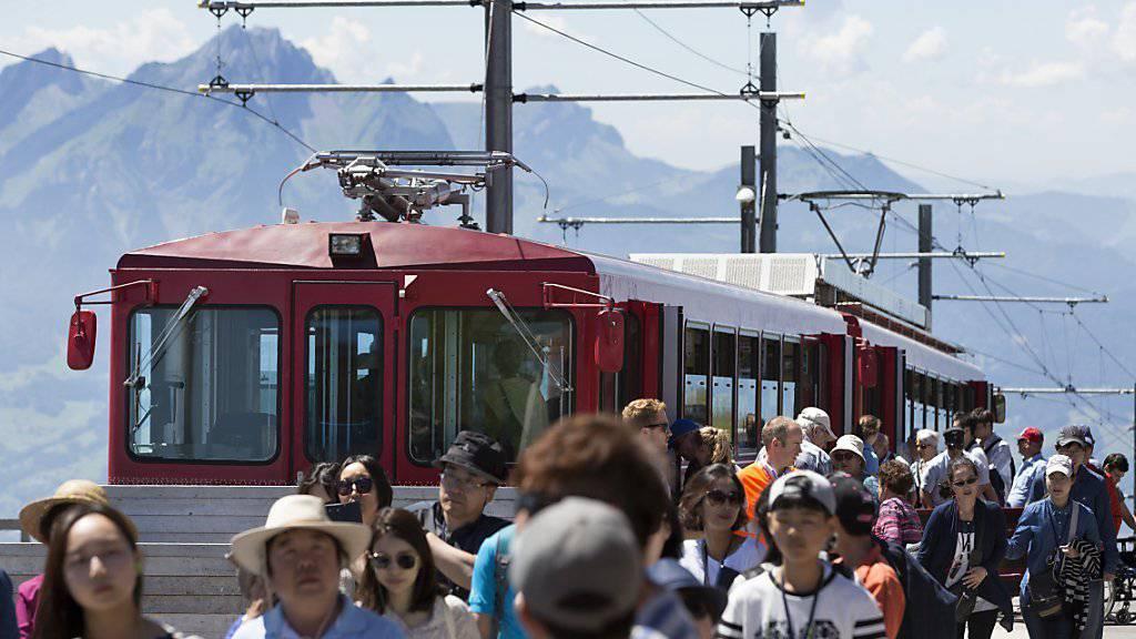 Im Sommermonat August haben ausländische Gäste weniger in der Schweiz übernachtet. Das spiegelt sich nun in der Statistik. (Symbolbild).