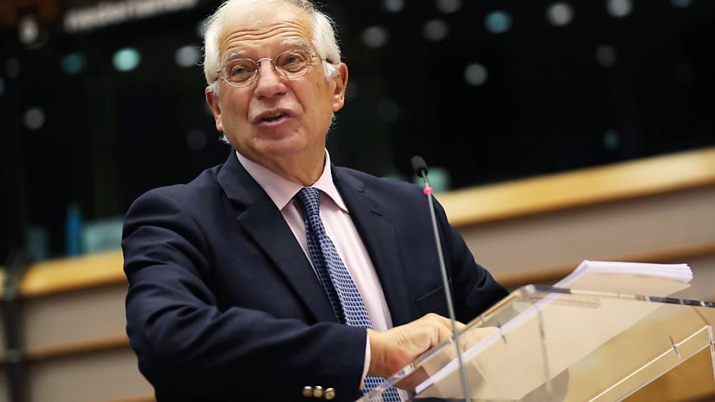 Josep Borrell, Hoher Vertreter der Europäischen Union für Außen- und Sicherheitspolitik, spricht während einer Debatte über die Eskalation der Spannungen zwischen Griechenland und der Türkei im östlichen Mittelmeerraum im Plenarsaal des Europaparlaments. Foto: Francisco Seco/AP pool/dpa