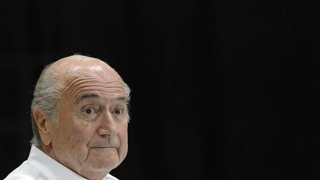 Sepp Blatter geht es nicht gut - aber immerhin ein wenig besser (Archivbild)