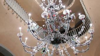 Ein Kronleuchter aus Murano-Glas