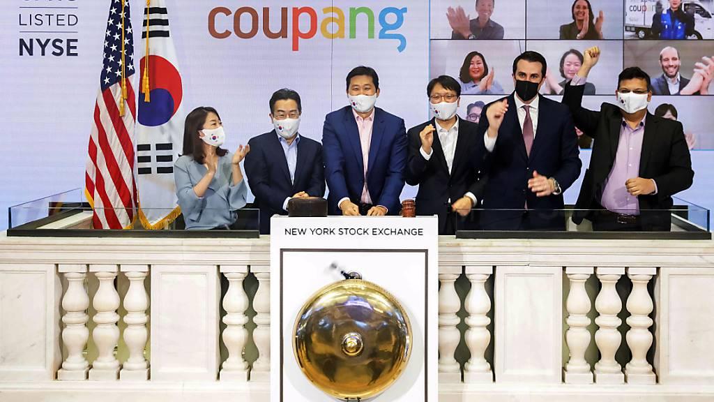 Die südkoreanische Firma Coupang hat am Donnerstag ein erfolgreiches Börsendebüt in New York absolviert.