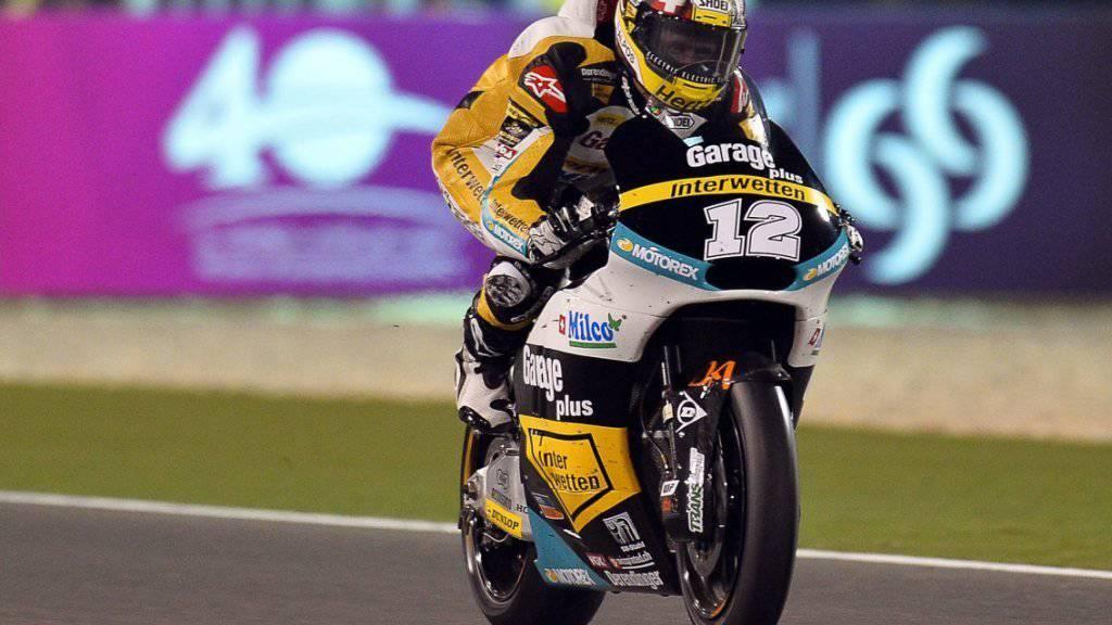 Tom Lüthi fährt in Doha unter Flutlicht am ersten Trainingstag auf Rang 4