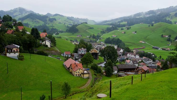 Urnäsch, zu hinterst im Appenzeller Hinterland: 2273 Einwohner und 98 Landwirtschaftsbetriebe.
