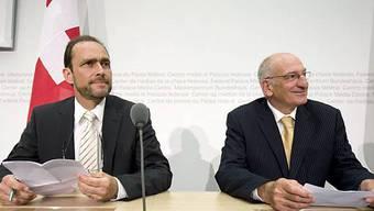 Pascal Strupler (l) und Pascal Couchepin