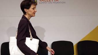 Die Schweizer Bundespräsidentin spricht sich für neue Wege der «legalen Zuwanderung» von Afrikanern aus.