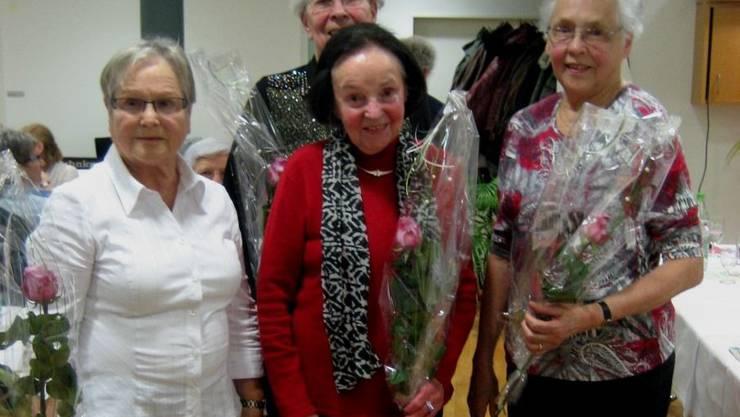 Unsre Gründungsmitglieder von links nach rechts: Myrtha Schellenberg, Erika Widmer (hinten), Ida Dürrmüller, Anni Stöckli