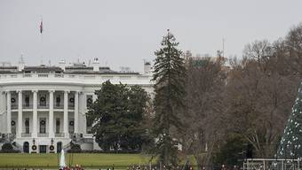 Das Weisse Haus hat am Freitag (Ortszeit) den Justizausschuss im Repräsentantenhaus aufgefordert, die gegenstandslosen und unfairen Ermittlungen zu einem Amtsenthebungsverfahren gegen US-Präsident Donald Trump einzustellen.