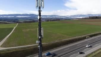 Der Mobilfunkbetreiber Salt verkauft rund  2'800 Handymasten in der Schweiz an die spanische Cellnex. (Archivbild)
